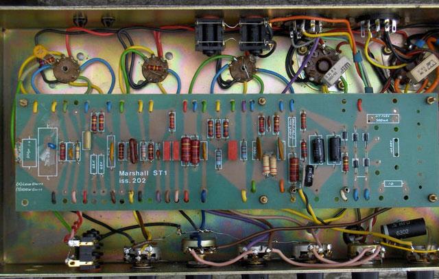 JCM 800: Vista interna
