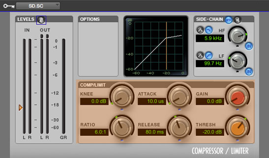 Ejemplo de los parámetros de compresión usados para atenuar las guitarras en función del tambor (SD); se puede observar un tiempo de ataque muy rápido y un release de 80 milisegundos, que permite dar el espacio suficiente para que se escuche el golpe completo.